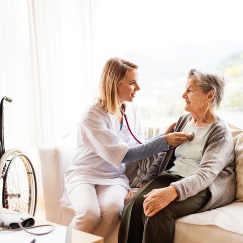 atención-sanitaria-centromedico-almeria-sanursalud